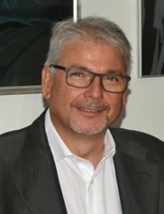 Julio Terren Ruiz, MD