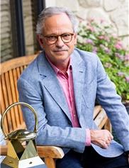Alan Larsen, MD